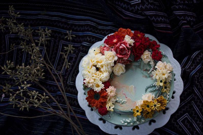 Đặt tiệc cưới với những mẫu bánh kem một tầng ấn tượng