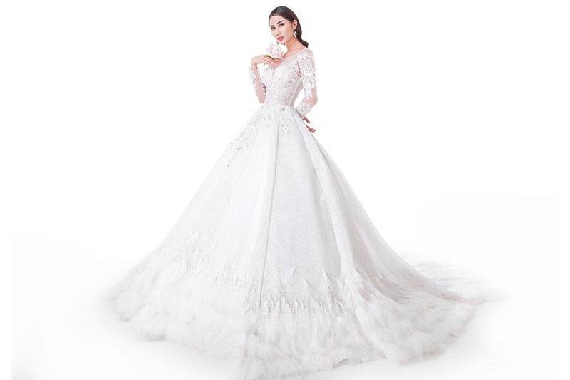 Những kiểu váy cưới dài tay tuyệt đẹp mà các cô dâu tương lai nên biết