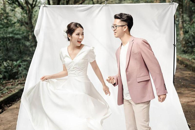 Tổng hợp những mẫu váy cưới không lo lỗi mốt khi đặt tiệc cưới 2020