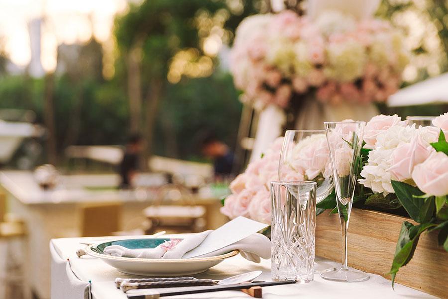 Hé lộ những điều cần lưu ý khi tổ chức đám cưới ngoài trời